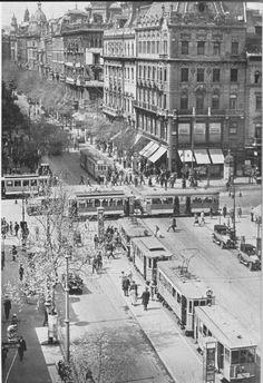 Budapest 1930's? Photo from villamosok.hu / the collection of Dr. Zoltán Ádám Németh