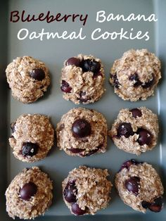 Cinnamon Blueberry Banana Oat Cookies. Lots of delicious berries, no added sugar and vegan friendly. Perfect for a quick breakfast or snack.