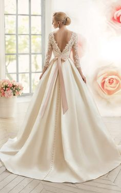 Beautiful satin wedding dress with v back. This wedding dress has made a v back . - Beautiful satin wedding dress with v back. This wedding dress has a back made of lace and long slee - Muslim Wedding Dresses, Western Wedding Dresses, Princess Wedding Dresses, Dream Wedding Dresses, Bridal Dresses, Wedding Gowns, Lace Wedding, Bridal Hijab, Gothic Wedding