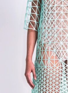 Details we like / Pelege / 3D Print / Structure / Fashion / at leManoosh