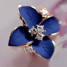 2016 new elegant noble blue flower ladies gold plated rhinestone earrings piercing Brinco women free shipping E5