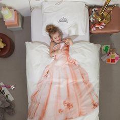 大人もはしゃぎたくなる遊びゴコロ溢れる寝具カバー。肌触りも◎ https://room.rakuten.co.jp/room_jp/1700006017102415?scid=we_rom_pinterest_official_20150825_r1