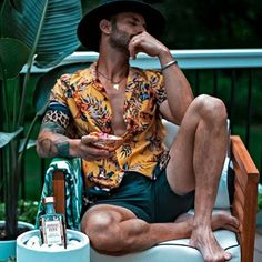 Summer Outfits Men, Mens Summer Night Fashion, Mens Summer Shorts, Men's Summer Clothes, Men's Beach Outfits, Trendy Mens Fashion, Cancun Outfits, Look Chic, Swagg