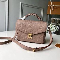 New Handbags, Replica Handbags, Luxury Handbags, Purses And Handbags, Leather Handbags, Designer Handbags, New Louis Vuitton Handbags, Gucci, Fendi