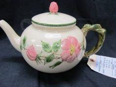Vintage Franciscan Desert Rose Teapot Glass Ceramic, Ceramic Pottery, Vintage Stuff, Vintage Pink, Desert Rose Dishes, Franciscan Ware, Dining Ware, Die Cut Cards, Chocolate Pots