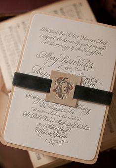 シンプルでオシャレ!結婚式やお披露目会で使える、手作りペーパーアイテム | Mikiseabo -ミキシーボ-