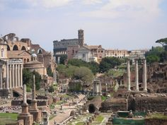 Google Image Result for http://italytravelista.com/wp-content/uploads/2009/04/roman-forum-nancy-aiello-tours.jpg