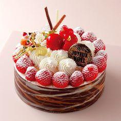 ファンには見逃せないチョコレートづくしのケーキ。【玉川店23日・24日店頭お渡し】【高島屋限定】トロワ