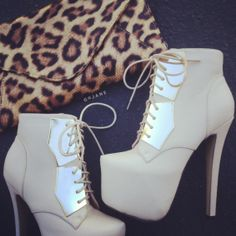 Kick into gear. #gojane #style #fashion #heels