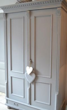 love the armoire Decor, Bedroom Vintage, Furniture Makeover, Wooden Cupboard, Interior, Chalk Paint Furniture, Furniture Projects, Vintage Wardrobe, Painted Furniture