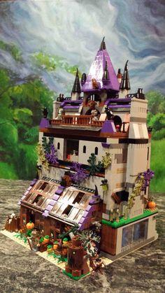 * sand w/purple Lego Haunted House, Lego Scooby Doo, Lego Halloween, Lego Creative, Lego Furniture, Lego Display, Lego For Kids, Lego Castle, Lego Room
