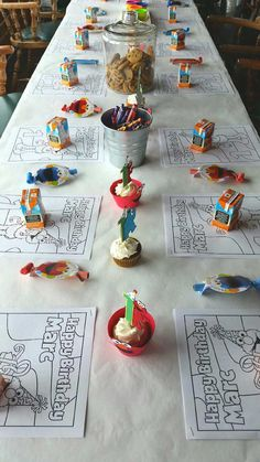 Great party table idea for a Sesame Street Birthday Party