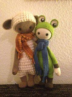 LUPO the lamb & frog mod made by Christina S. / crochet pattern by lalylala