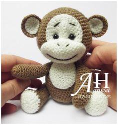 Crochet Monkey by designer AgnesaHandmade.
