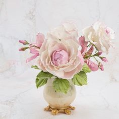 Bring a romantic peony flower to life with eye-catching dimension and realism with master sugar artist Bobbie'sbaking
