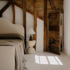 Interior Styling, Interior Decorating, Decorating Ideas, Dallas, Travertine, Interiores Design, Interior And Exterior, Living Room, Instagram