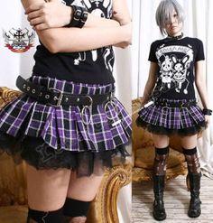 AVRIL Punk Puffy Pleated Mini Plaid jupe/short par runnickyrun, $34.00