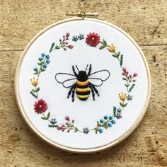 Another fun round-up, this one showcasing the humble bee embroidery pattern! Hand Embroidery Projects, Floral Embroidery Patterns, Hand Embroidery Art, Embroidery Techniques, Embroidery Kits, Embroidery Stitches, Flower Embroidery, Simple Hand Embroidery Designs, Border Embroidery