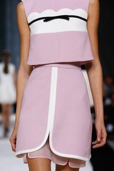 Giambattista Valli Spring 2015 #fashion#glamour#dress