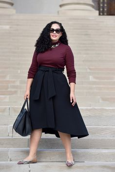 Burgundy Turtleneck Waist Tie Midi Skirt Snake print flats and Celine Phantom worn by Tanesha Awasthi founder of Girl With Curves at The White House - Plus Size Skirts - Ideas of Plus Size Skirts Curvy Outfits, Modest Outfits, Skirt Outfits, Plus Size Outfits, Maxi Dresses, Work Outfits, Fashion Dresses, Summer Dresses, Look Plus Size
