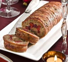 Chestnut & cranberry roll - Forget fiddly stuffing balls, this clever roll tastes delicious, plus its practical shape makes it ultra-simple to slice Xmas Dinner, Christmas Lunch, Christmas Cooking, Christmas Recipes, Holiday Foods, Dinner Menu, Christmas Treats, Christmas Time, Cheesecakes