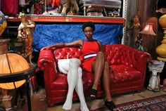 Saturday Night Live has announced their newest cast member and it's the talented Sasheer Zamata. Zamata is the first black female cast member since Maya Rudolph's departure in She also is the… Saturday Night Live, Black Female Comedians, Leslie Jones, Memoirs Of A Geisha, Starred Up, Cast Member, Executive Producer, Bollywood News, Girl Humor