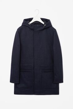 A clean straight shape, this long hooded jacket is made from panels of unlined wool. Cool Jackets For Men, Fall Jackets, Pretty Outfits, Cool Outfits, Hooded Wool Coat, Cool Coats, Fashion Designer, Autumn Winter Fashion, Fall Winter