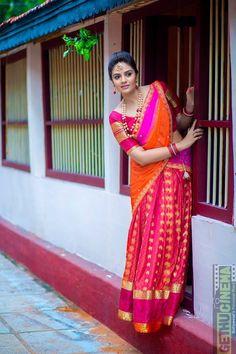 Anchor Sreemukhi Photoshoot Stills In Pink Half Saree - South Indian Actress Dehati Girl Photo, Girl Photo Poses, Girl Photography Poses, Girl Poses, Bridal Photography, Photo Shoot, Beautiful Girl Photo, Beautiful Girl Indian, Most Beautiful Indian Actress