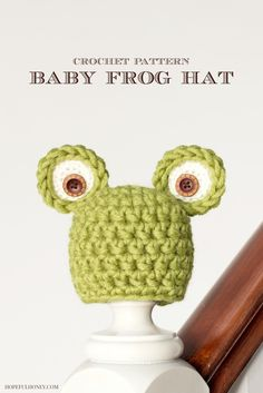 Newborn Frog Hat Crochet Pattern. I think I've got these buttons and don't they work great for the froggie hat?
