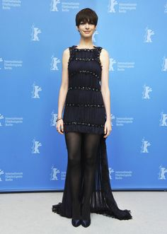 """Anne Hathaway in Chanel Couture at the """"Les Misérables"""" photocall (2013 Berlin International Film Festival)"""