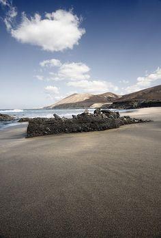 Playa de Garcey.  Sin noticias del SS American Star II
