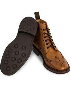 Loake 1880 Burford Dainite Brogue Boot Tan Burnished Calf hos Car
