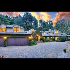 Dennis Quaid's ranch house hit the market in 2011.