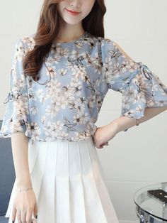 Open Shoulder  Floral  Bell Sleeve Blouse