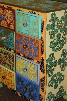 jjSparkles: the dresser that took a decade....