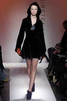 Diane von Furstenberg | Fall 2004 Ready-to-Wear Collection |