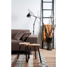 Met deze Treetop bijzettafel van Zuiver breng je de natuur in huis.