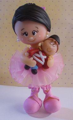 Bailarina e soldadinho de chumbo em biscuit, feito de maneira totalmente artesanal. Ótima opção para decoração de topo de bolo. Fazemos também em outros temas.