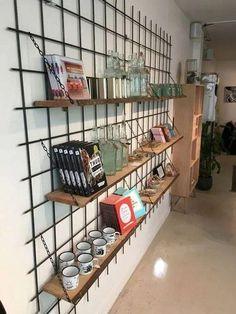 Mooi idee voor rek id keuken Interior Design Living Room, Living Room Designs, Design Room, Pinterest Home, Diy Casa, Store Design, Home And Living, Office Decor, Coffee Shop