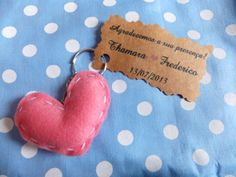 Chaveiro de coracao de feltro para lembrancinha de casamento Worspite Noivas & Cia - Mimos em Geral