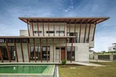 Sepang House / Eleena Jamil Architect