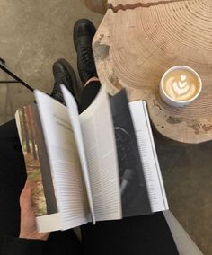 Beige Aesthetic, Book Aesthetic, Aesthetic Photo, Aesthetic Pictures, Coffee Date, Coffee Shot, Coffee And Books, My Books, Study Inspiration