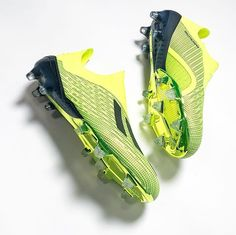 Cool Football Boots, Soccer Boots, Football Shoes, Football Cleats, Adidas Boots, Football Equipment, Football Fashion, All About Shoes, Soccer Stuff