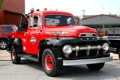 52 Ford Pickup Car