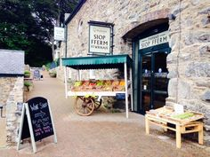 A Scot in North Wales : Bodnant Welsh Food Centre
