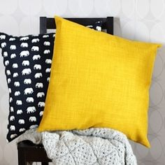Get your home ready for fall with new pillow covers. Tutorial in Swedish and English