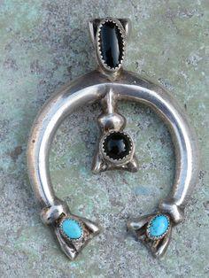 Vintage sterling silver Navajo Naja pendant. #navajo