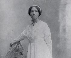 Anne Spencer was the first Virginian and first African-American to have her poetry included in the Norton Anthology of American Poetry. African American Poets, African American Literature, American Poetry, Famous African Americans, Harlem Renaissance Literature, Renaissance Era, Norton Anthology, Modern Poetry, Female Poets