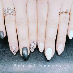 "7 Synes godt om, 1 kommentarer – Box of beauty (@boxofbeautydk) på Instagram: ""#Nailart #naildesign"" Round Shaped Nails, Nail Art, Beauty, Round Wire Nails, Nail Arts, Beauty Illustration, Nail Art Designs"