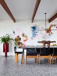 Sandy Bay Residence by Flack Studio, Vote for this project in the 2019 *Belle* Coco Republic Interior Design Awards Readers' Choice competition. Dining Room Colors, Dining Room Design, Architectural Digest, Tasmania, Flack Studio, Room Cooler, Family Dining Rooms, Living Room, Dining Chairs